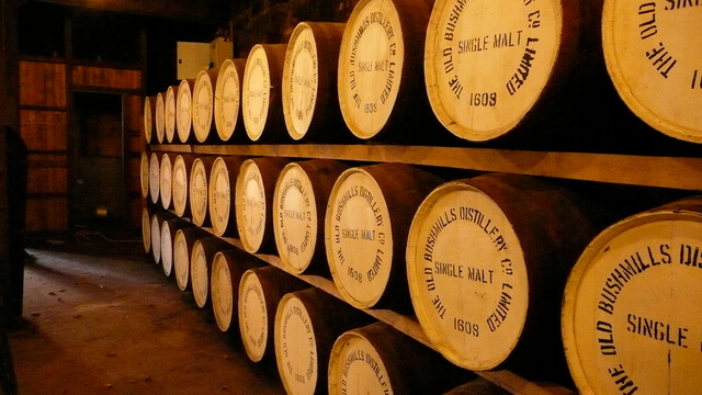 Bushmills whiskey hordók
