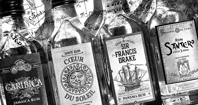 Karibi rum márkák - fekete-fehér