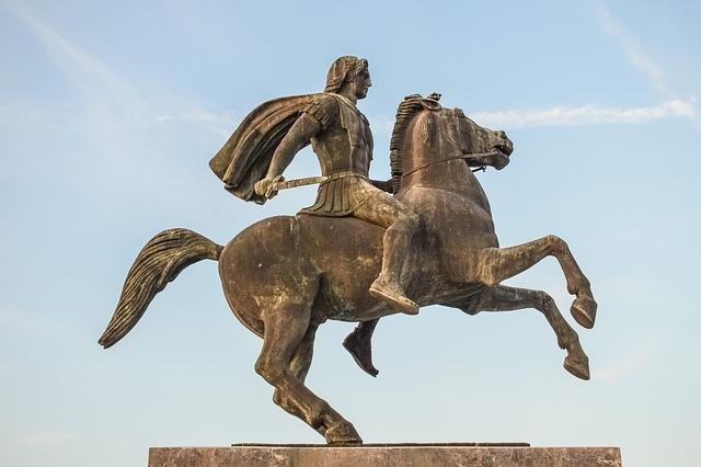 Nagy Sándor lovasszobra